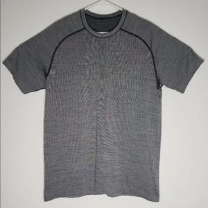 Lululemon Metal Vent Tech Shirt Size L